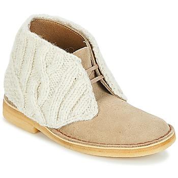 Παπούτσια Γυναίκα Μπότες Clarks DESERT BOOT Sand / Combi
