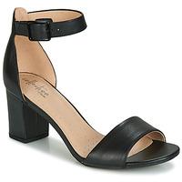 Παπούτσια Γυναίκα Σανδάλια / Πέδιλα Clarks DEVA MAE Black