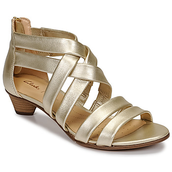 Παπούτσια Γυναίκα Σανδάλια / Πέδιλα Clarks MENA SILK Champagne
