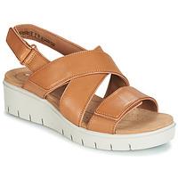Παπούτσια Γυναίκα Σανδάλια / Πέδιλα Clarks UN KARELY DEW Brown