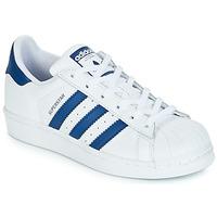 Παπούτσια Παιδί Χαμηλά Sneakers adidas Originals SUPERSTAR J Άσπρο / Μπλέ