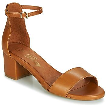 Παπούτσια Γυναίκα Σανδάλια / Πέδιλα Betty London INNAMATA Camel