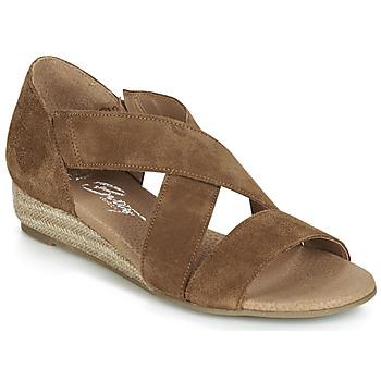 Παπούτσια Γυναίκα Σανδάλια / Πέδιλα Betty London JIKOTE Camel