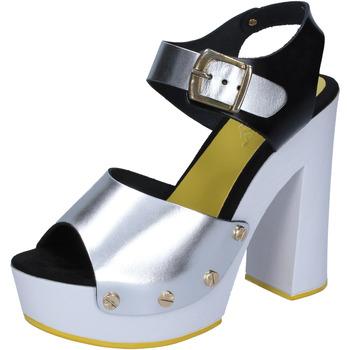 Παπούτσια Γυναίκα Γόβες Suky Brand BS16 Ασήμι