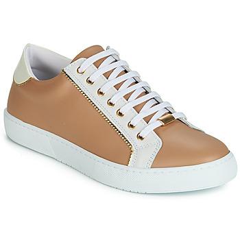 Xαμηλά Sneakers André BERKELITA ΣΤΕΛΕΧΟΣ: Δέρμα & ΕΠΕΝΔΥΣΗ: Ύφασμα & ΕΣ. ΣΟΛΑ: Δέρμα & ΕΞ. ΣΟΛΑ: Καουτσούκ