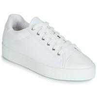 Παπούτσια Γυναίκα Χαμηλά Sneakers André SAMANA Άσπρο