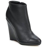 Παπούτσια Γυναίκα Χαμηλές Μπότες Bourne FONATOL Black