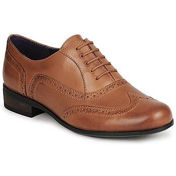 Παπούτσια Γυναίκα Richelieu Clarks HAMBLE OAK Brown