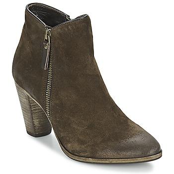 Παπούτσια Γυναίκα Χαμηλές Μπότες n.d.c. SNYDER Taupe