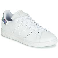 Παπούτσια Κορίτσι Χαμηλά Sneakers adidas Originals STAN SMITH J Άσπρο / Silver