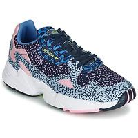 Παπούτσια Γυναίκα Χαμηλά Sneakers adidas Originals FALCON W Μπλέ / Ροζ