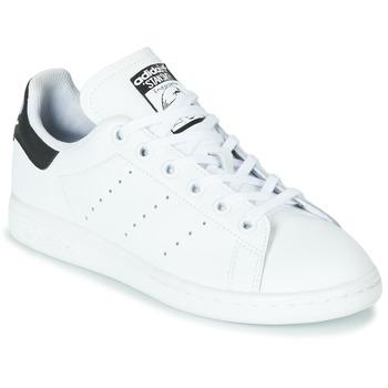 Παπούτσια Παιδί Χαμηλά Sneakers adidas Originals STAN SMITH J Άσπρο / Black