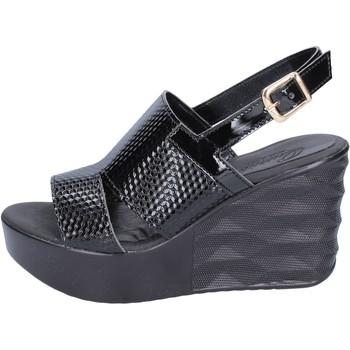 Παπούτσια Γυναίκα Σανδάλια / Πέδιλα Querida sandali pelle sintetica Nero
