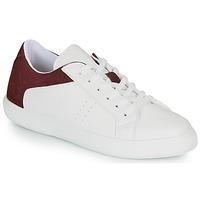 Παπούτσια Άνδρας Χαμηλά Sneakers André BIOTONIC Άσπρο / Bordeaux