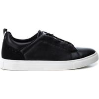 Παπούτσια Άνδρας Χαμηλά Sneakers Xti 48707 NEGRO Negro