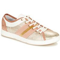 Παπούτσια Γυναίκα Χαμηλά Sneakers Pataugas JUMEL/M Nude / Gold