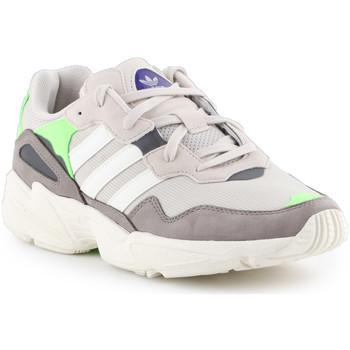 Παπούτσια Άνδρας Χαμηλά Sneakers adidas Originals Adidas Yung-96 F97182 beige