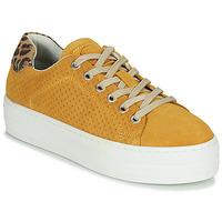 Παπούτσια Γυναίκα Χαμηλά Sneakers Bullboxer 987033E5C Yellow