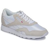 Παπούτσια Χαμηλά Sneakers Reebok Classic CL NYLON Άσπρο / Beige