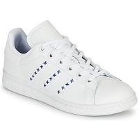 Παπούτσια Παιδί Χαμηλά Sneakers adidas Originals STAN SMITH J Άσπρο / Μπλέ