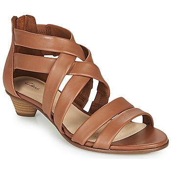 Παπούτσια Γυναίκα Σανδάλια / Πέδιλα Clarks MENA SILK Camel