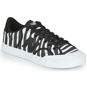 Παπούτσια Γυναίκα Χαμηλά Sneakers New Balance PROCTSEJ Black / Άσπρο