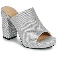 Παπούτσια Γυναίκα Σανδάλια / Πέδιλα André MELINDA Μπλέ