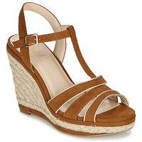 Παπούτσια Γυναίκα Σανδάλια / Πέδιλα André JULY Camel