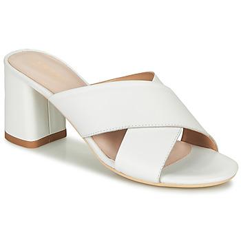Παπούτσια Γυναίκα Σανδάλια / Πέδιλα André JULITTA Άσπρο