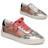 Παπούτσια Γυναίκα Χαμηλά Sneakers André LA VOLTIGEUSE Ροζ