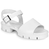 Παπούτσια Γυναίκα Σανδάλια / Πέδιλα André ABRICOT Άσπρο