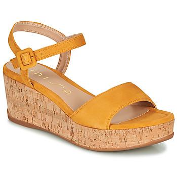 Παπούτσια Γυναίκα Σανδάλια / Πέδιλα Unisa KOME Yellow
