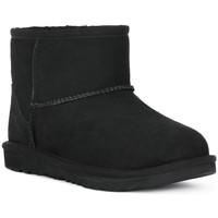 Παπούτσια Κορίτσι Μποτίνια UGG MINI CLASSIC II BLK Nero