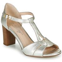 Παπούτσια Γυναίκα Σανδάλια / Πέδιλα Betty London MATINA Silver