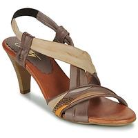 Παπούτσια Γυναίκα Σανδάλια / Πέδιλα Betty London POULOI Camel