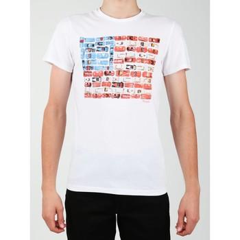Υφασμάτινα Άνδρας T-shirt με κοντά μανίκια Wrangler S/S Modern Flag Tee W7A45FK12 white