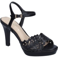 Παπούτσια Γυναίκα Σανδάλια / Πέδιλα Ikaros Σανδάλια BN477 Μαύρος