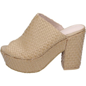 Παπούτσια Γυναίκα Σανδάλια / Πέδιλα Sara Lopez Σανδάλια BN797 Μπεζ