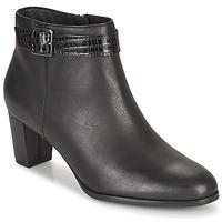 Παπούτσια Γυναίκα Μποτίνια Clarks KAYLIN60 BOOT Black