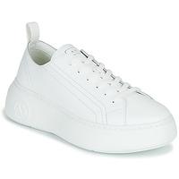 Παπούτσια Γυναίκα Χαμηλά Sneakers Armani Exchange PROMNA Άσπρο