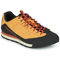 Παπούτσια Άνδρας Χαμηλά Sneakers Merrell CATALYST SUEDE Camel / Black