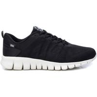 Παπούτσια Άνδρας Χαμηλά Sneakers Xti 49665 NEGRO Negro