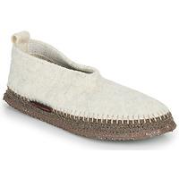 Παπούτσια Γυναίκα Παντόφλες Giesswein TEGERNAU Beige