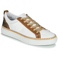 Παπούτσια Γυναίκα Χαμηλά Sneakers Philippe Morvan CORK V1 NAPPA BLANC Άσπρο / Camel