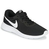 Παπούτσια Γυναίκα Χαμηλά Sneakers Nike TANJUN Black / Άσπρο