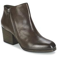 Παπούτσια Γυναίκα Χαμηλές Μπότες Vic ASSINOU Brown