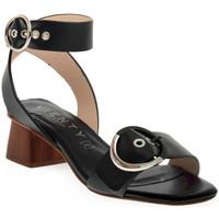 Παπούτσια Γυναίκα Σανδάλια / Πέδιλα Vienty JIMENA Nero