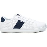 Παπούτσια Άνδρας Χαμηλά Sneakers Xti 49682 NAVY Azul marino