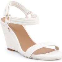 Παπούτσια Γυναίκα Σανδάλια / Πέδιλα Lacoste Karoly 7-29SRW2314A75 beige