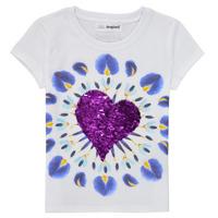 Υφασμάτινα Κορίτσι T-shirt με κοντά μανίκια Desigual 21SGTK45-1000 Άσπρο
